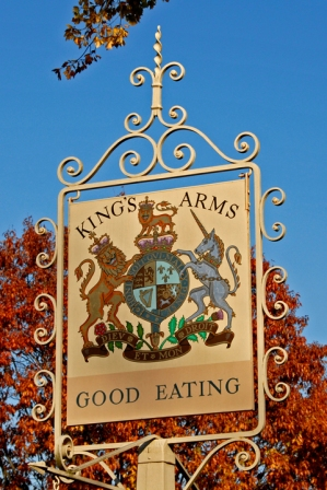 Royal Coat of Arms of the UK at King's Arms                   Tavern in Williamsburg, Virginia, USA